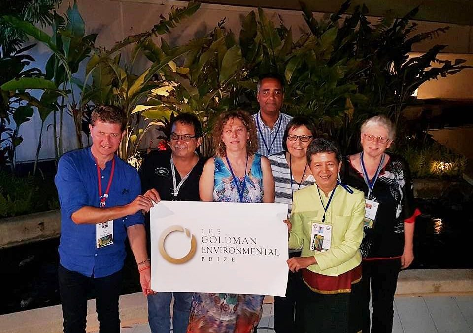 Албена Симеонова, председател на ФОСЗ, част от групата на носителите на награда Голдман по време на световния конгрес на IUCN